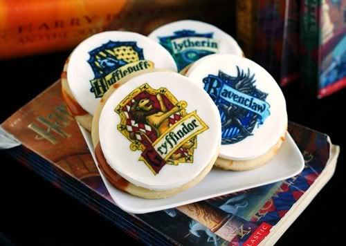 prettyfoods:  Butterbeer Cookies (via Bake at 350)