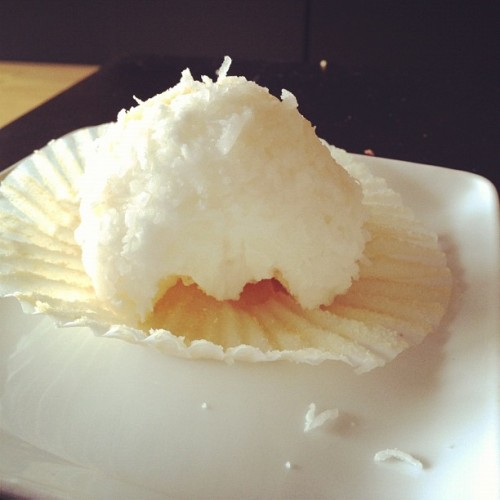 Piña Colada cupcake #foodie #cupcake #food #toronto #teamgay #gay #sweettooth #treat #birthday (Taken with instagram)