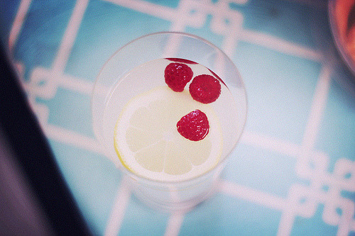 jayceiusagi:  easter part two, raspberry lemonade (by hallovalerie)