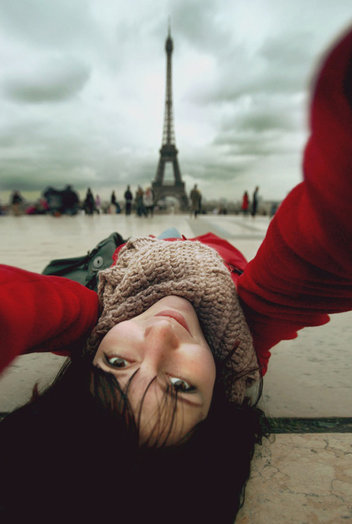dprblog:  How cool is this.  Selfportrait with Eiffel by Nastia irrr Sokolova