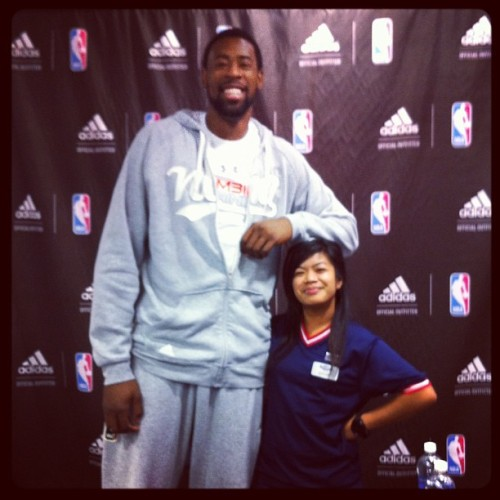 #DeAndre #Jordan signing @ work! #shortpeopleproblems! #losangeles #clippers (Taken with instagram)