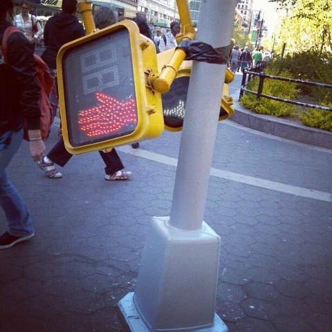 that tape seems really helpful. always taking care of pedestrians.  #safenewyork