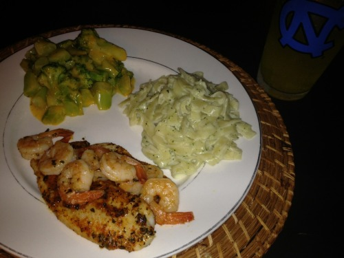 "My version of Ruby Tuesday's ""New Orleans Seafood""! SoOo NOLA…😍  Blackened Tilapia and Shrimp, Alfredo Pasta and broccoli with cheese! 🍴"