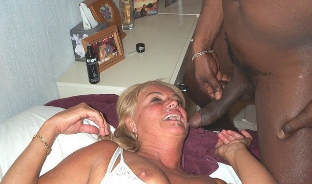 Amateur white wife fucks black cock