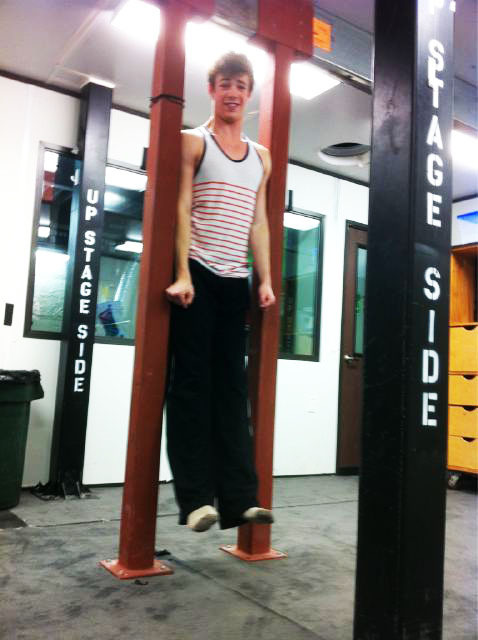 grantgustinarmy:  Working out ;)