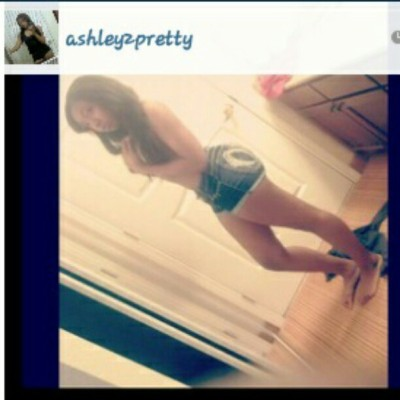 @ashley2pretty you too pretty, $4$ love #TeamAlive #TEAMYOLO #yum #feet (Taken with instagram)