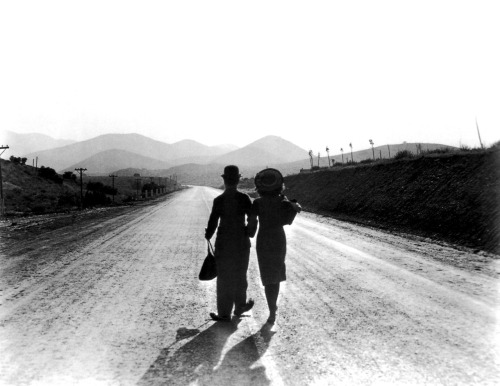 To the person who asked what my favorite Chaplin film is: it's Modern Times!