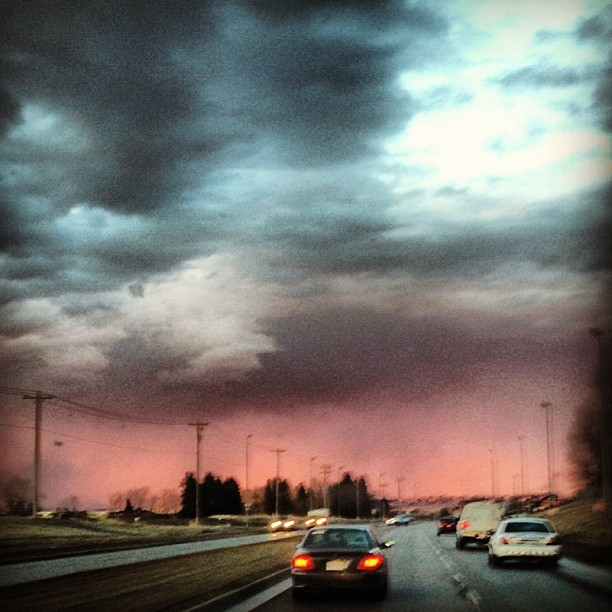 The sky was so pretty tonight. #sky #clouds #storm #nature  (Taken with instagram)