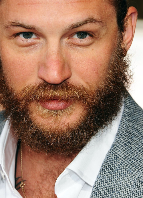 let's explore the beard, like a maze!