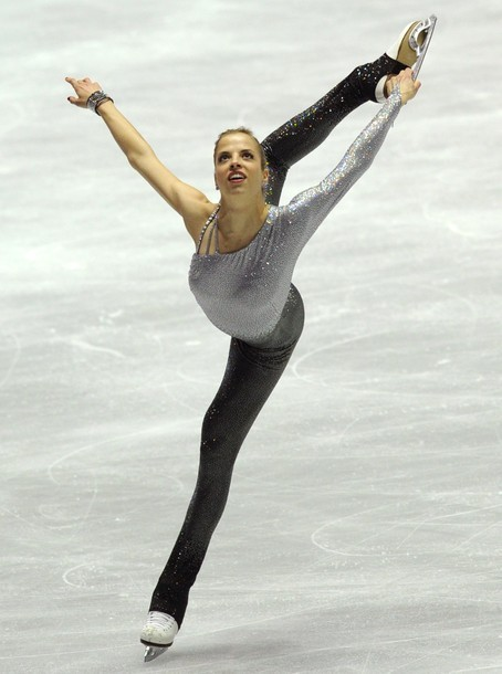 beautiful-shapes:  Carolina Kostner WTT 2012, FS
