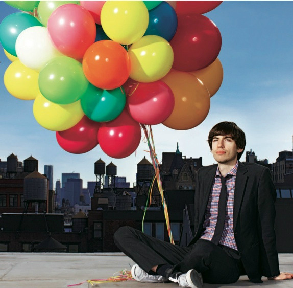 "pinwheelspin:  pinwheelspin:  David Karp and balloons! Yeah!!!  :)   Can I just say whatever photographer thought that this encapsulated ""hip, trendy online creativity / cats and memes"" deserves an award?"
