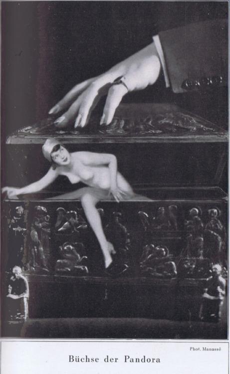 lacontessa:drakecaperton:Buchse der Pandora.By Manasse.