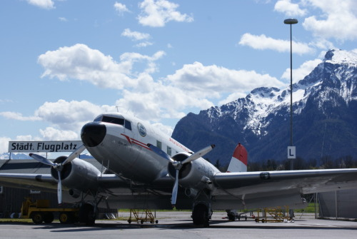vie-watcher:  © Photo by Gerd P. Markowitsch N86U (OE-LBC) Douglas C-47A Skytrain (DC-3) First Austrian DC-3 Dakota Club