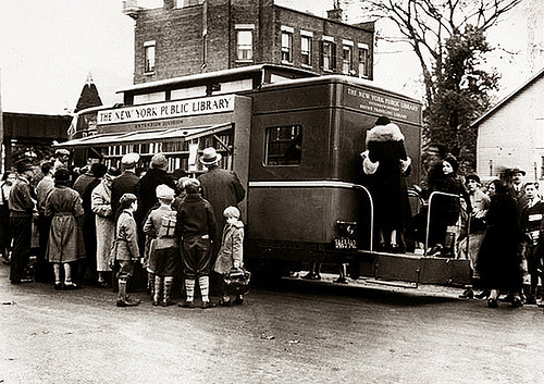 bookmania:  Bronx Bookmobile, 1938 (Photo from the New York Public Library)