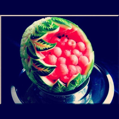 #art #fruitcarving #fruit #thaifruitcarving  (Taken with instagram)