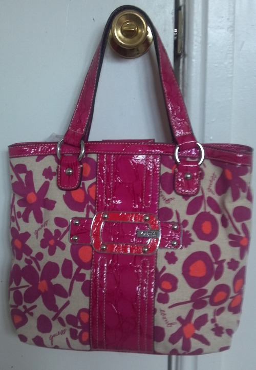 BRAND NEW GENUINE TOTE BAG FOR JUST ONLY $50 (FREE SHIPPING)