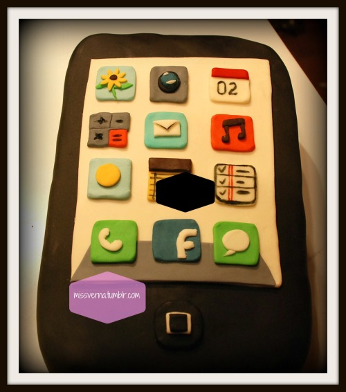I think every cake decorator gets asked to do an iPhone cake. This is mine! So much fun doing this!!