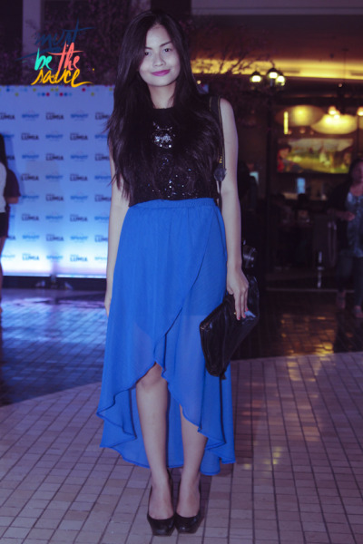 Sheer is here! We are so diggin this mullet skirt in electric blue for at least three reasons: it has an air of whimsy and flirt and it is sheer so its gonna beat the sizzlin heat this summer!!!  For added hotness, wear windblown tresses.  Must be the mullet!