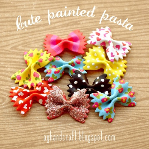 rainbowsandunicornscrafts:  DIY Hand Painted Pasta. While I love my painted elbow macaroni necklaces, these are really pretty. This comes from the blog of 17 year old Argentinian Augustina who used the bow tie pasta on cards. Found on Made with Love here.  I have seen these made into pendants that are really cute.