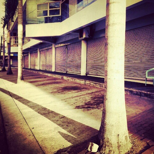 Sidewalk #instagram #instagramers #instagramaddict #instagramhub #followback #followbackteam #followbackalways #teamfollowback #followforfollow #follow4follow #ifollowback #ignation #picoftheday #photooftheday #igersphilippines #dumaguete #100likes #25likes #50likes #75likes #instadaily  (Taken with instagram)