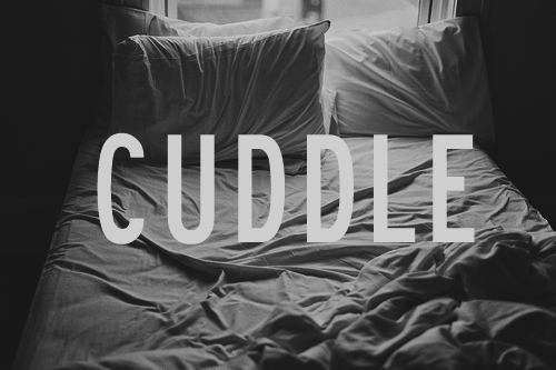 p3aceful:  Someone wanna be my cuddle buddy?
