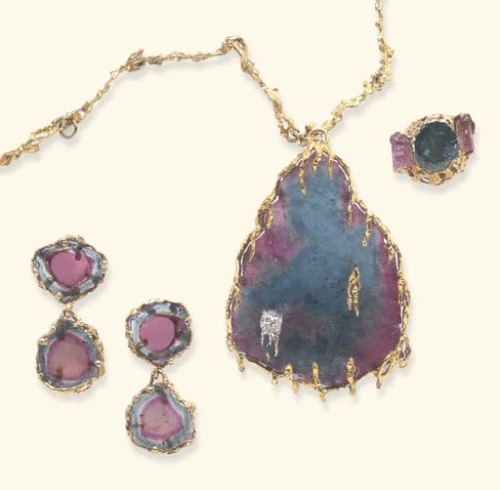 omgthatdress:  Tourmaline Jewelry Set Harry Winston, 1965 Christie's