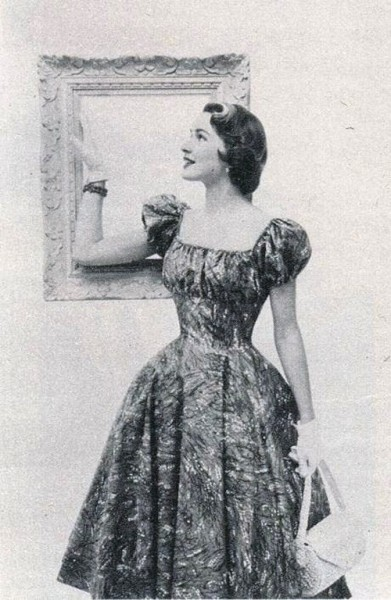 theniftyfifties:  1950s summer dress fashion.