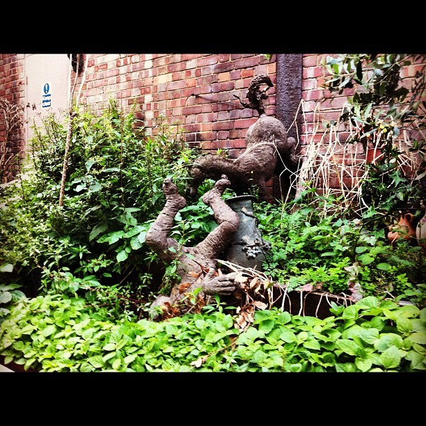 #garden #decoration #ornament #statue #lux #hefe (Taken with instagram)