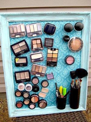 alliegrace:   Magnetic makeup boardIs your makeup strewn all across your bathroom counter? Do you spend 30 minutes digging in your vanity drawer for your favorite blush? If so, you'll love this magnetic makeup board. Not only does it keep your makeup organized, but it also looks super cute on your wall. What you need:• old picture frame• acrylic paint• spray adhesive• metal sheet or baking sheet• piece of fabric• mini magnets• strong glue, like E-6000• old, empty pill bottles Instructions:1.Find an old frame, and remove the glass. Paint the frame a fun color.2.Take the frame to the local hardware store and ask them to cut a piece of metal to fit inside the frame, or use an old baking/cookie sheet if it already fits.3.Cut a piece of fabric to the size of the metal sheet, and attach it to the metal sheet with some spray adhesive.4.After the spray adhesive has dried, attach the metal sheet to the frame.5.Line up all your makeup products — blushes, bronzers, eyeshadows — and attach a mini magnet to each item. Use a heavy duty glue to attach the magnets.6.Take an old pill bottle and throw away the top. Paint the bottle. Once dry, attach a few magnets to one side of the bottle. Fill the old pill bottle with brushes, eyeliners, or mascaras.7.Place each makeup product on the sheet, as well as the old pill bottle.  DIY from here! Click for more cool tips!