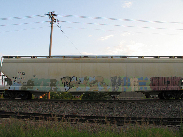 trainbenching:  oter payer hbak slut by benchomatic on Flickr.Unfinished Business