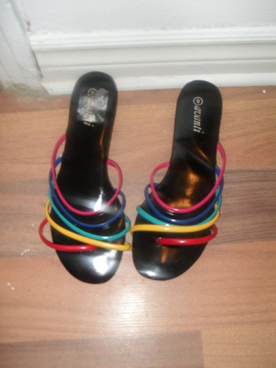 vintage 80's sandals, low heel, rainbow gelly staps, size 8/9 15$