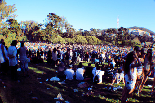ckmphotography:  hippie hill 2012