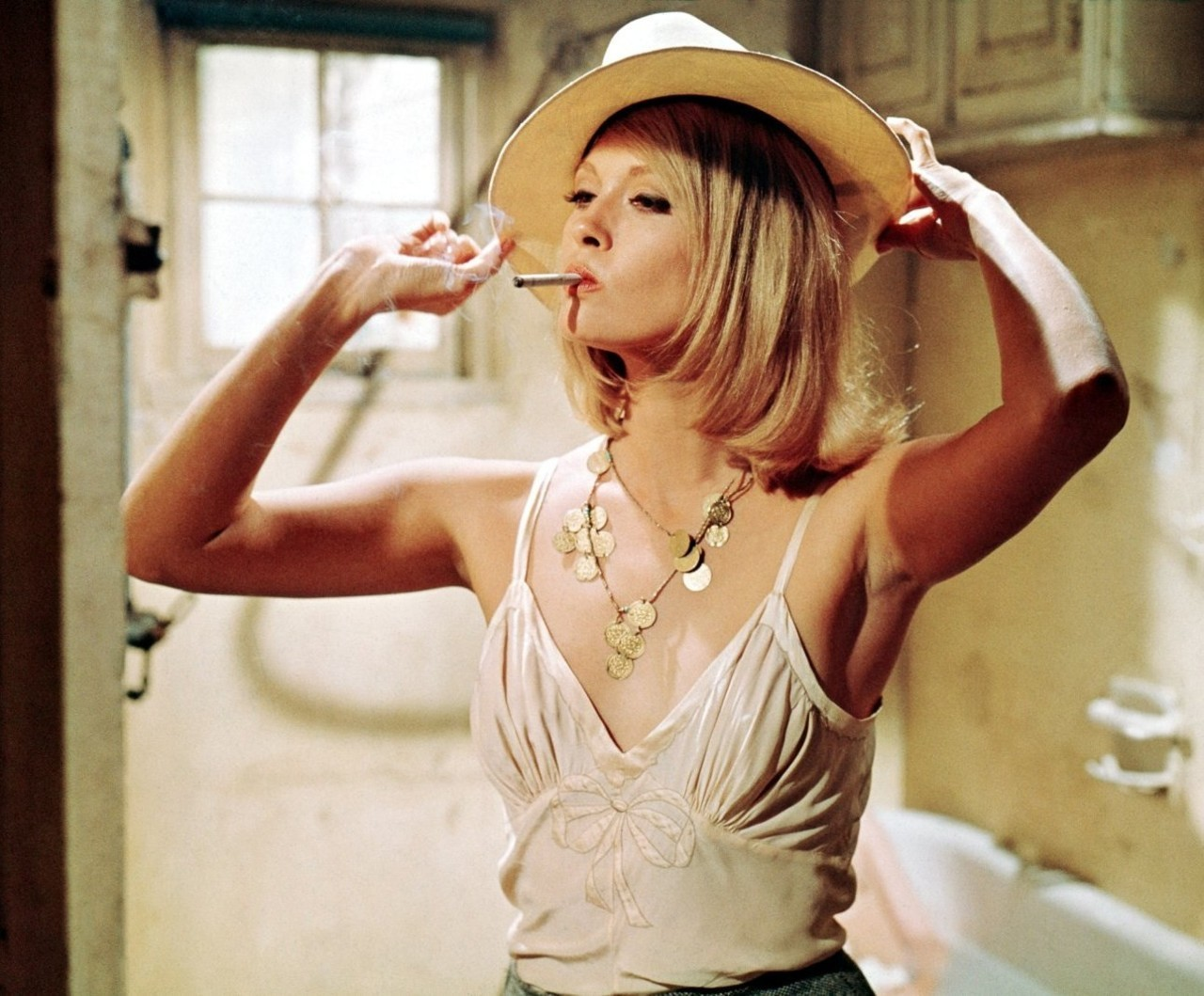 stephaniechief:  faye dunaway/bonnie and clyde