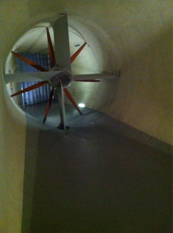 This is the huge propeller from the UW wind tunnel that we visited today! Cool!! It was an incredibly nice day visiting the University of Washington's Open House Discover Engineering Days.