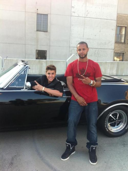 Justin on set with Director X
