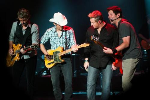Brad Paisley ‏ @BradPaisley My new band -