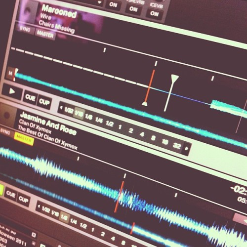 It's 4am. Let's bang out a podcast mix! (Taken with instagram)