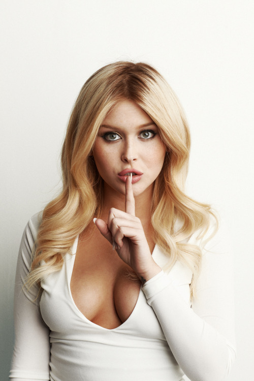 Renee Olstead for Buzznet