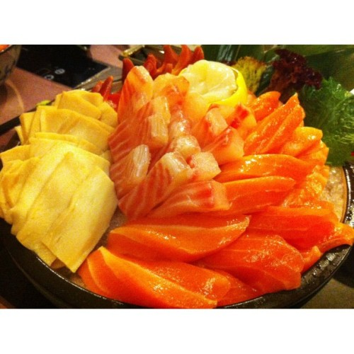 Sashimi! 😍 #sashimi #japanese #food #salmon #random #macau #squaready #instago  (Taken with Instagram at Macau)