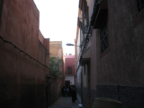 Random street in the Medina - note the exposed electrical cables running along the outside of the buildings.