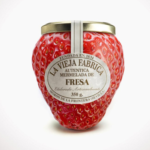 (via Fancy - La Vieja Fabrica Jam Bottle by Tapsa)