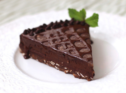 Quintuple-Chocolate Dark Chocolate Truffle Tart (Recipe)