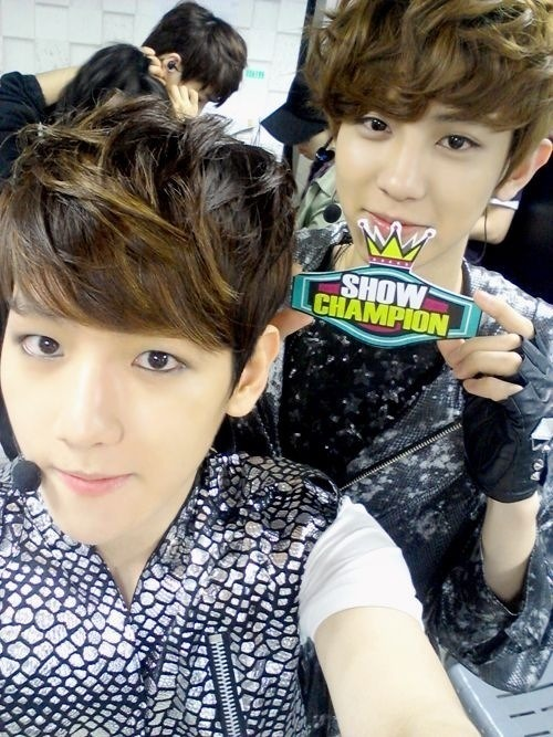 Selca of Baekhyun and Chanyeol!