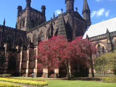 ykte:  Memorial Garden at Chester Cathedral