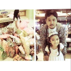 Happy bday saniyah cantik love love #happybirthday #party #kids #gift #saniyah #photooftheday #igers #instago #instadaily #ig_family #instamood #pisa_cafe #jakarta #me #iphonesia #instagram (Taken with instagram)