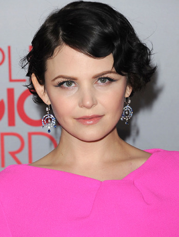 Short hair styles for 2012. And hey! It's SNOW, from Once Upon a Time! Go Snow!