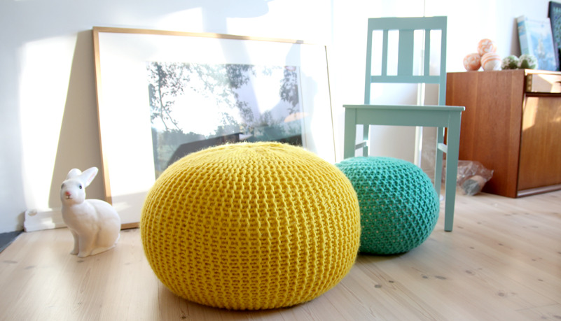 prettylittlepieces:  A Tweed Pouf Ottoman  i want to make these..
