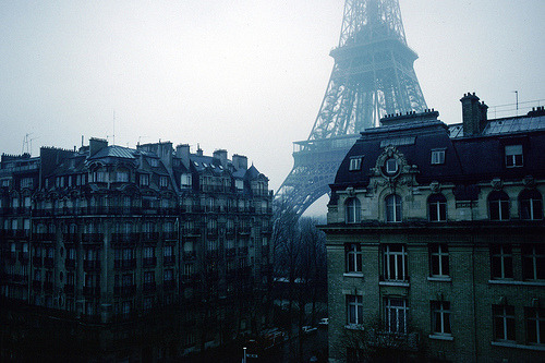 En Hiver - Eiffel Tower (by Joey Z1)