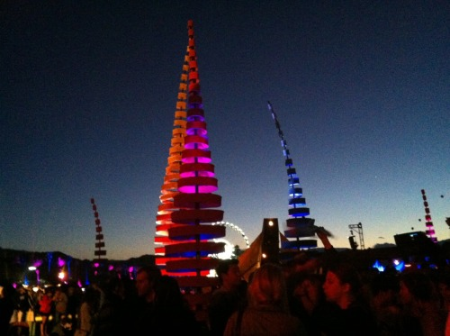 Do Lab lights and art installment, Coachella. Indio, California. I'm not really a techno girl but there were people dressed like poorly crafted DIY unicorns and stuff. I'm not saying I don'tlikepeople dressed like unicorns… only, crafting with a glue gun, glitter and feathers is an art - and some people are not artists. Just sayin'.