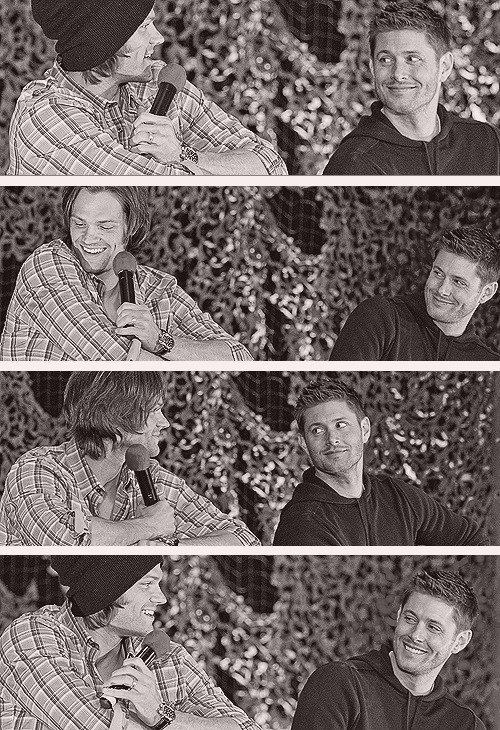 The way Jensen looks at Jared. (Source)